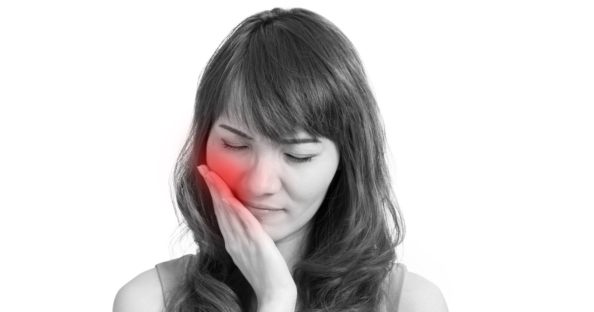 do dental implants hurt